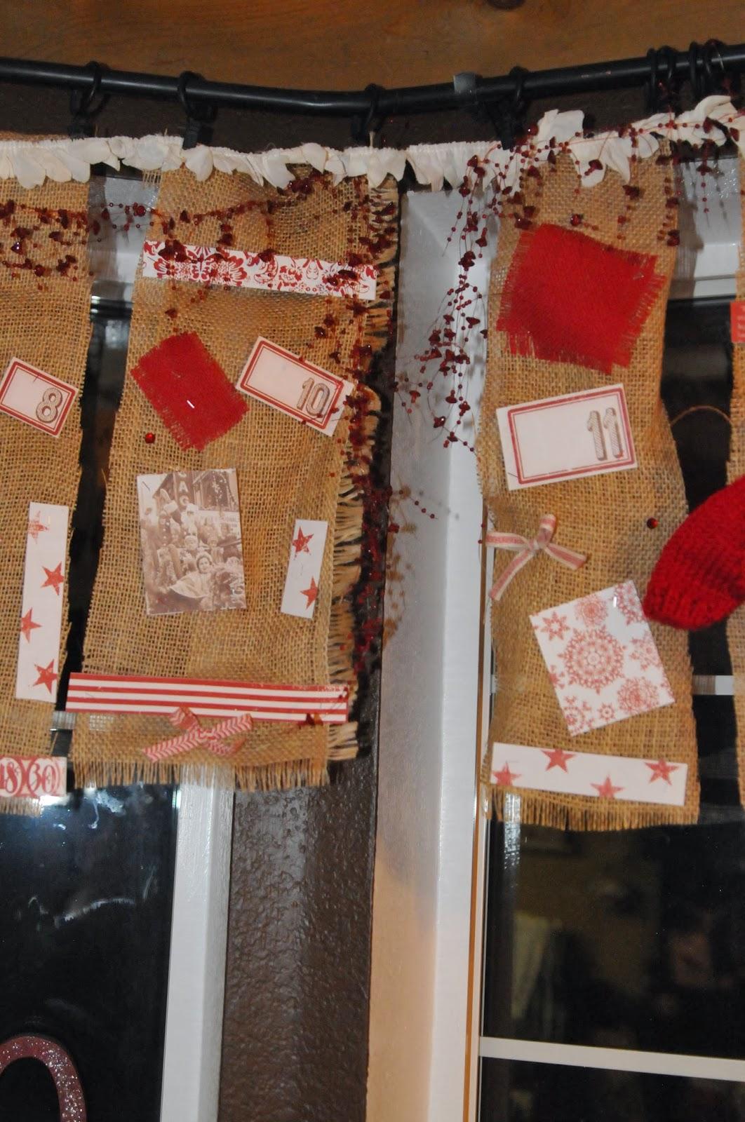 Memesartplace burlap christmas curtains for Burlap christmas curtains
