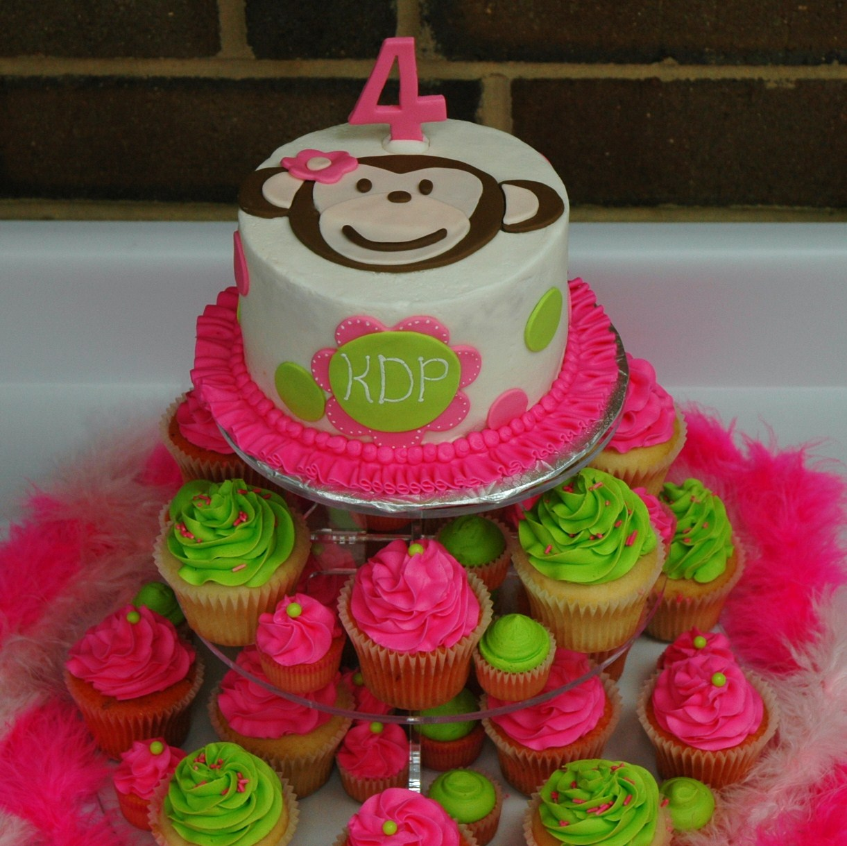 Monkey love cupcakes - photo#27