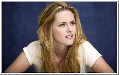 Kristen Stewart Wallpaper 2012