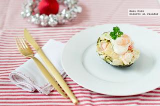 http://www.directoalpaladar.com/recetas-de-ensaladas/aguacates-rellenos-receta-de-navidad
