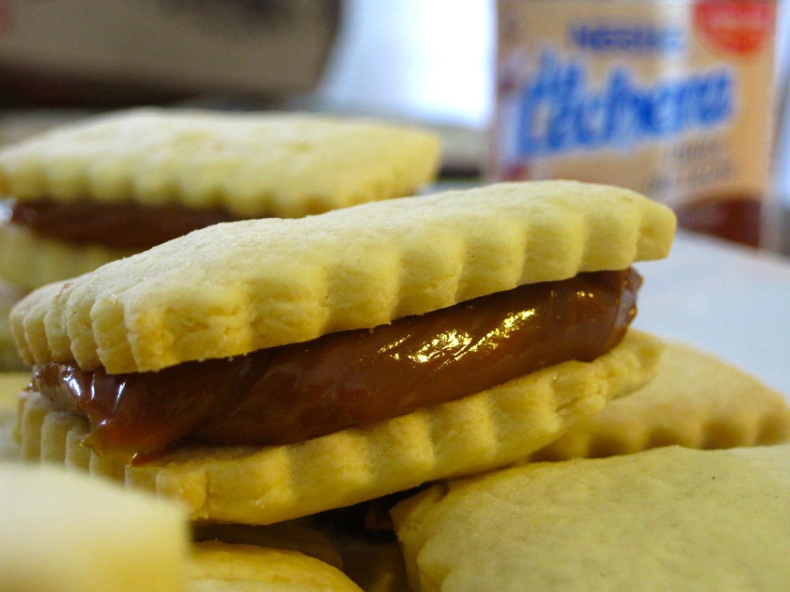 Alissamay's: Alfajores - dulce de leche sandwich cookies