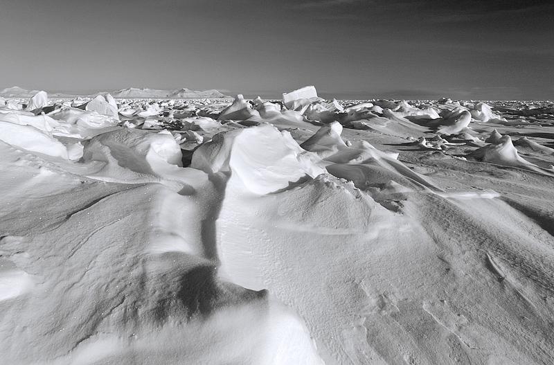 Teravmägede idarannik Storfjorden, East Coast of Spitsbergen in Storfjorden
