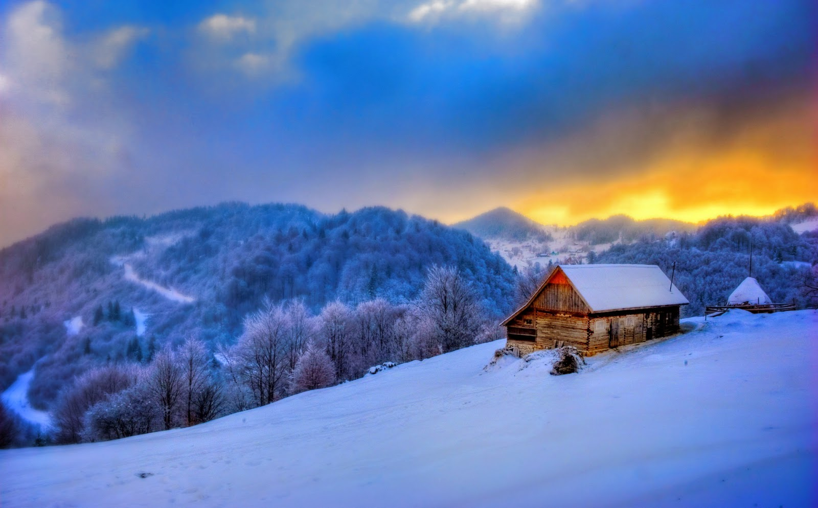 Coolest Cabins: 5 Christmas Cabins