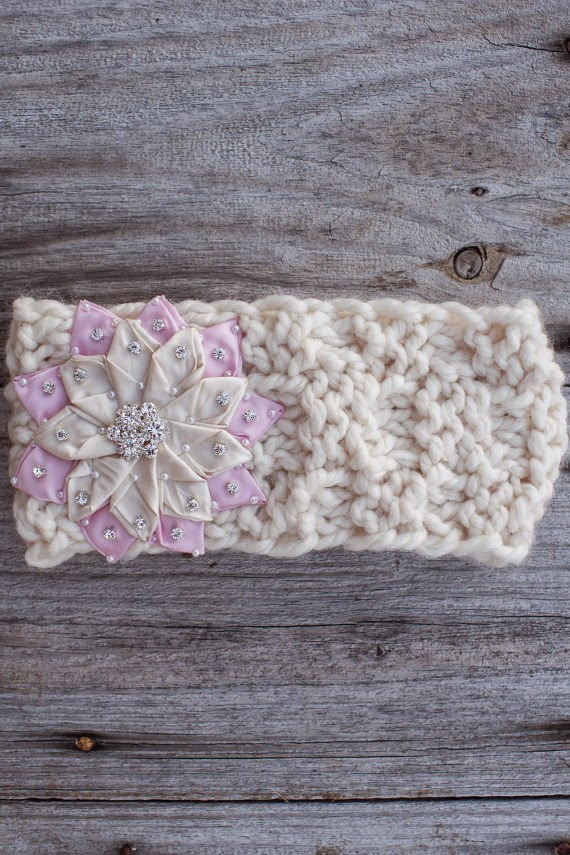 https://www.etsy.com/listing/209272046/winter-light-pink-snowflake-knitted?ref=shop_home_active_8