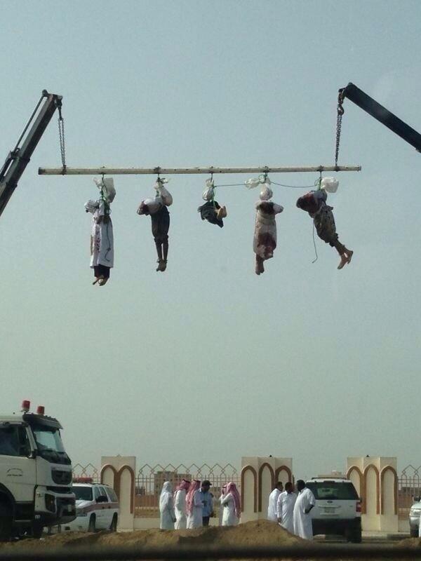 [Image: Saudi+Arabia+execution+5+Yemeni.jpg]
