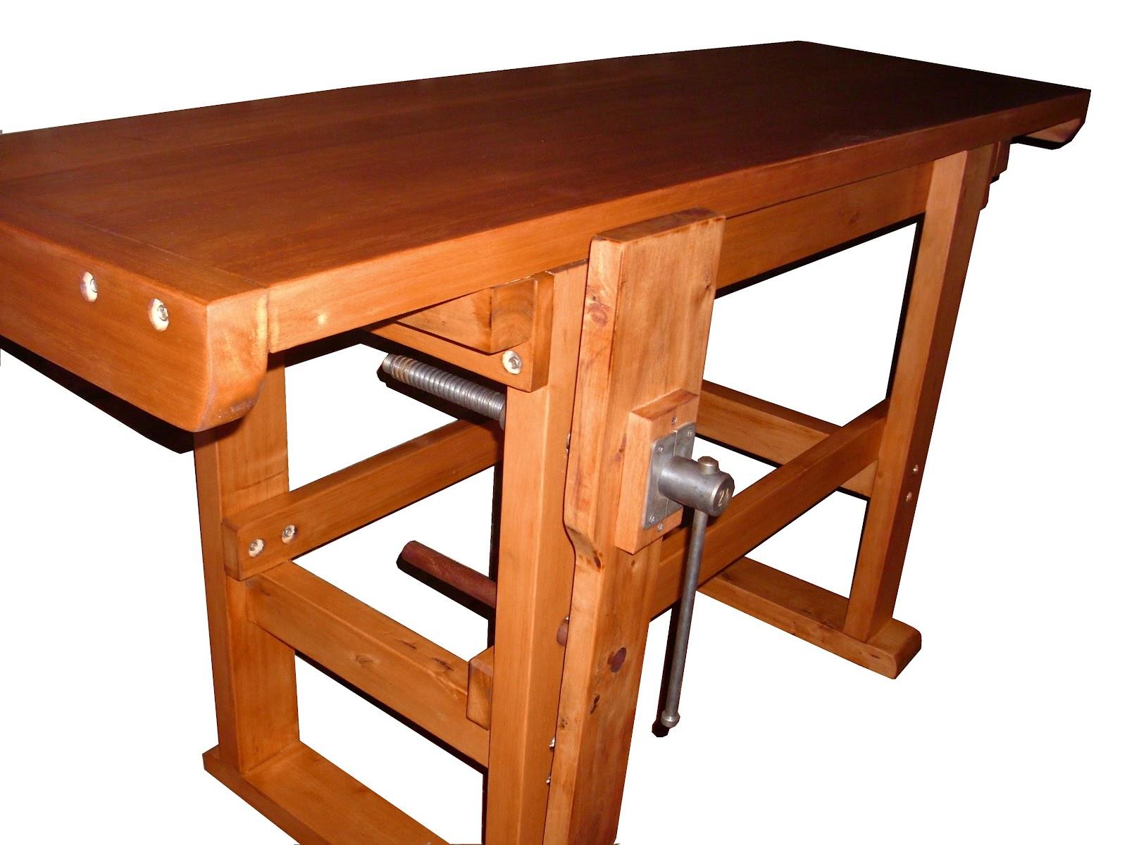 Banco de carpintero en eucaliptus tapa plana carpinterof for Mesa de carpintero