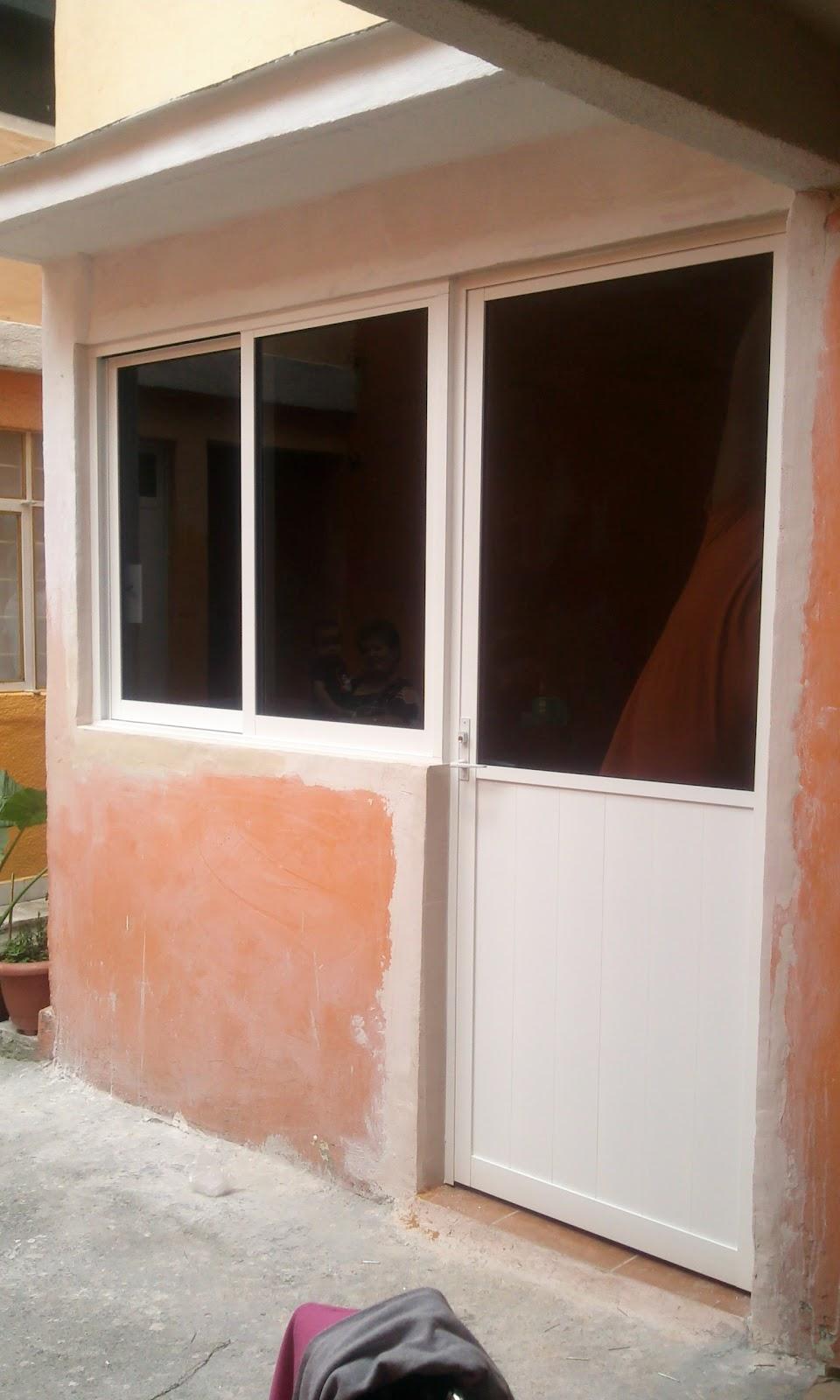 Puertas De Aluminio Blanco Para Baño:puerta bandera de aluminio blanco con cristal filtrasol mitad duela