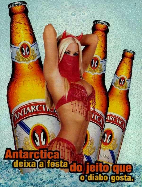 Propaganda da Cerveja Antartica em 1999 com a modelo Joana Prado (Feiticeira).