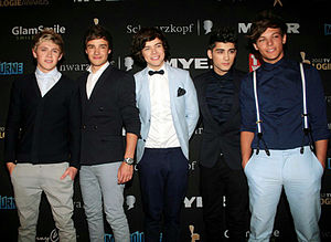 One Direction won four awards at the inaugural Social Star Awards