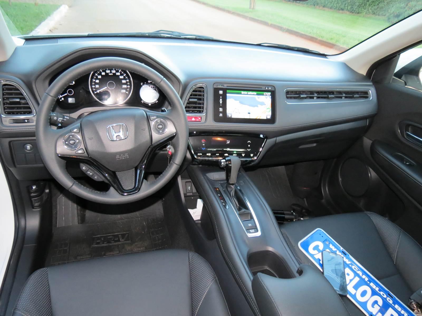 Os piores e os melhores lan amentos automotivos de 2015 for Honda hr v interieur