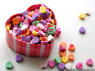 candy valentine basket