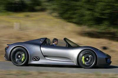 2012 Porsche 918 Spyder 11