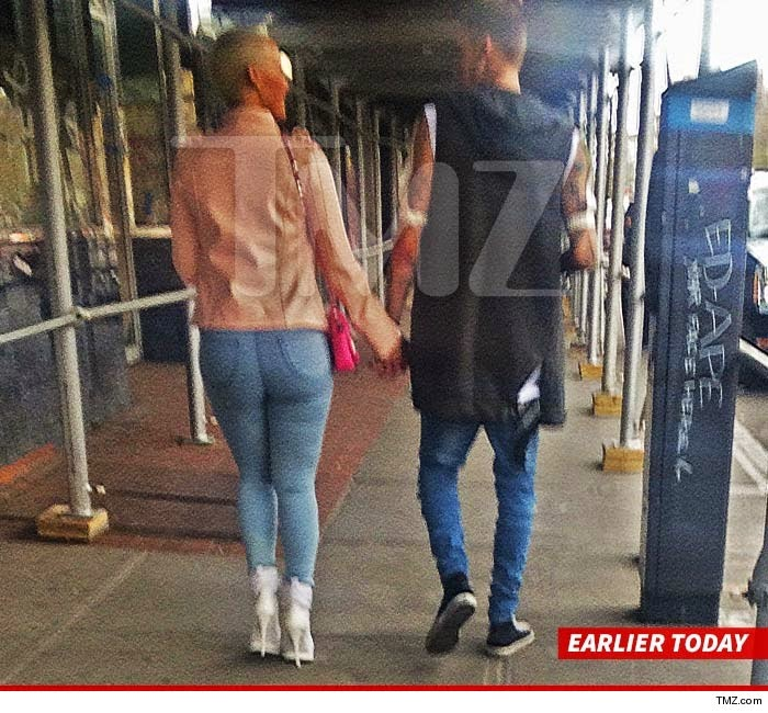 who is amber rose currently dating 2015