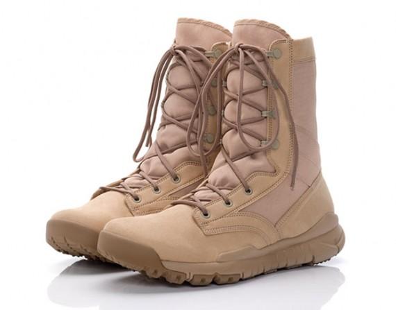 Nike Boots Desert1