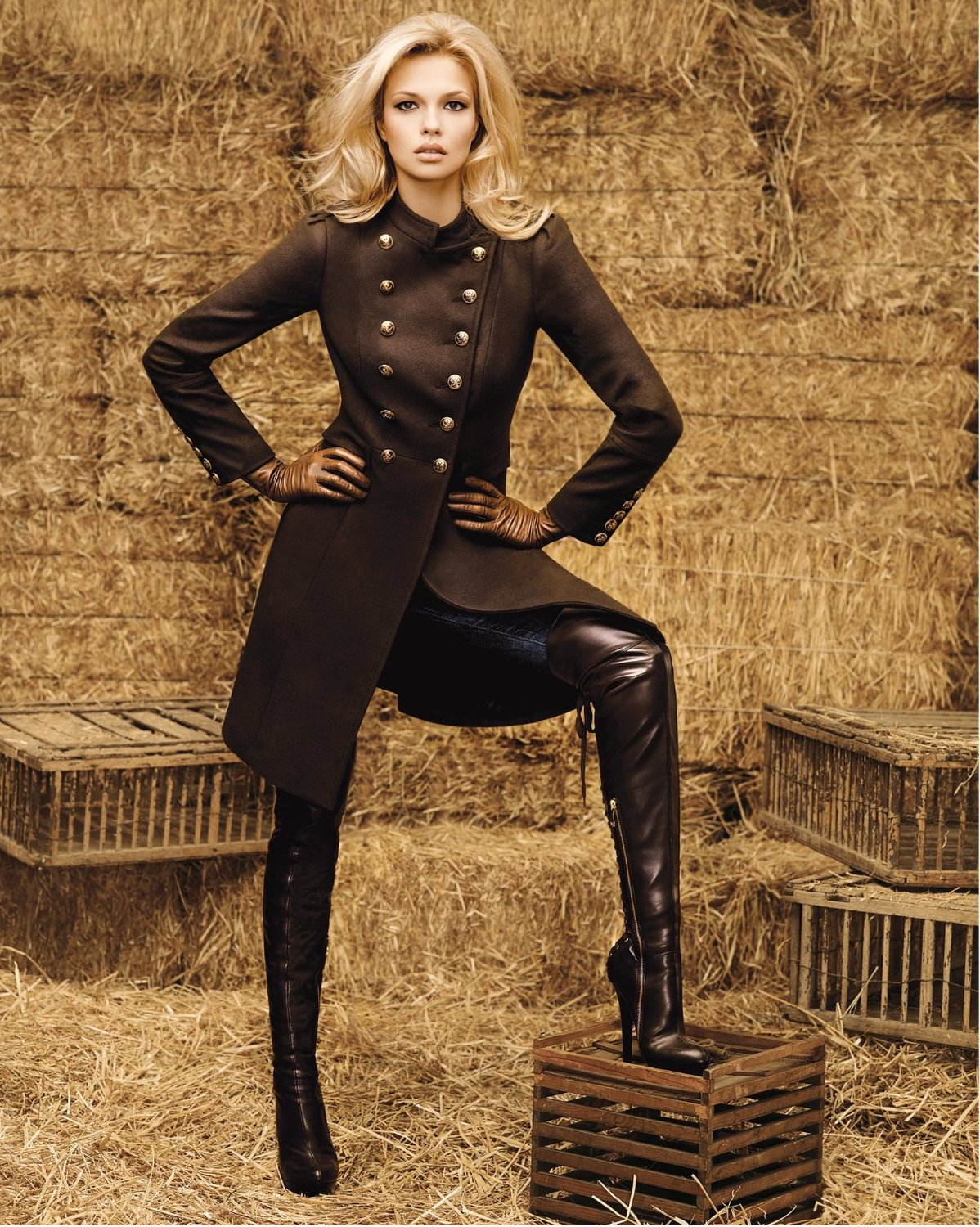 Ladies in leather gloves and boots - Why Do I Have This Love For Boots