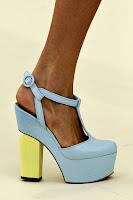 Обувки на платформа с подчертан дебел ток на Erdem