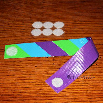 how to make a tape bracelet