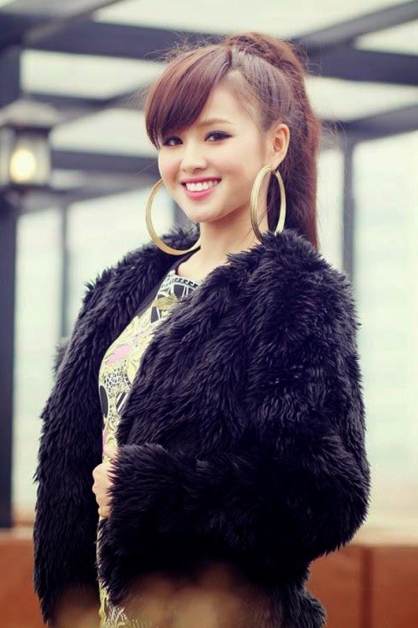 gái xinh ca sĩ diễn viên Tâm tít 12