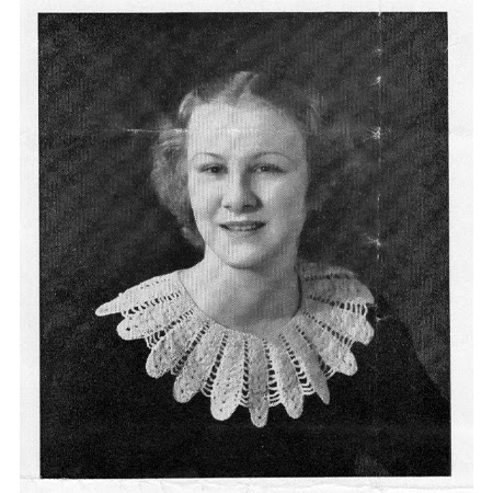 Vintage Crocheted Flower Petal Collar Pattern