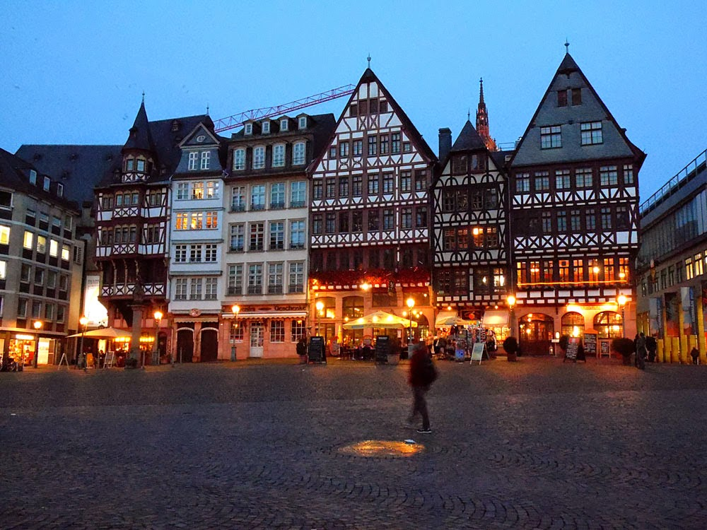 Photo of the Römerberg, Frankfurt