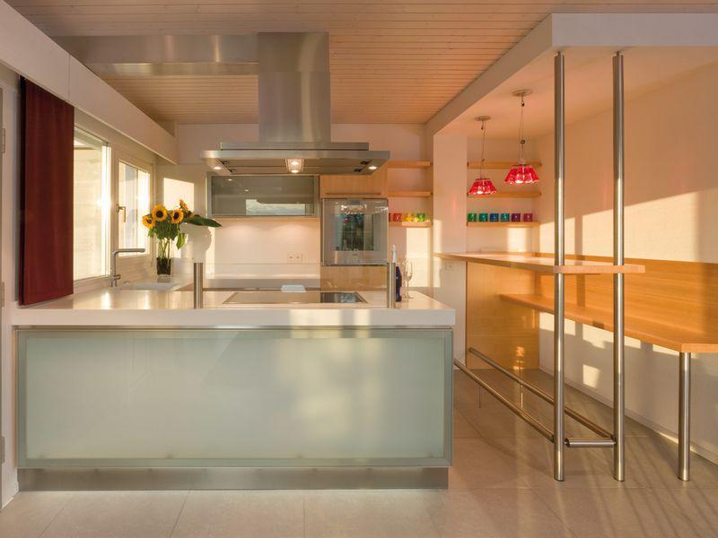 Panduan bangunan rumah contoh desain kitchen set 4 dapur for Kitchen set b q
