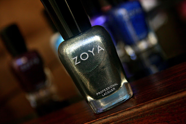 ZOYA Cassedy Review, Photos & Swatches  ZOYA Zenith Holiday 2013 Collection
