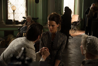 eliza graves-stonehearst asylum-jim sturgess-kate beckinsale