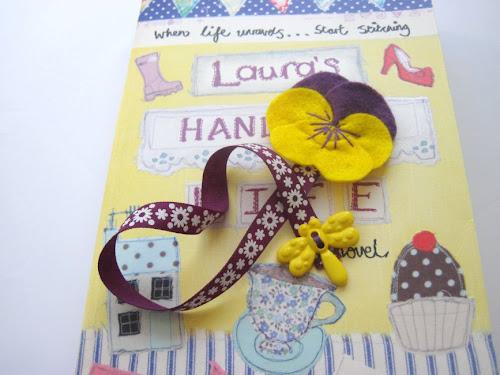 http://gracesfavours.blogspot.co.uk/2014/05/how-to-make-diy-felt-pansy-flower.html