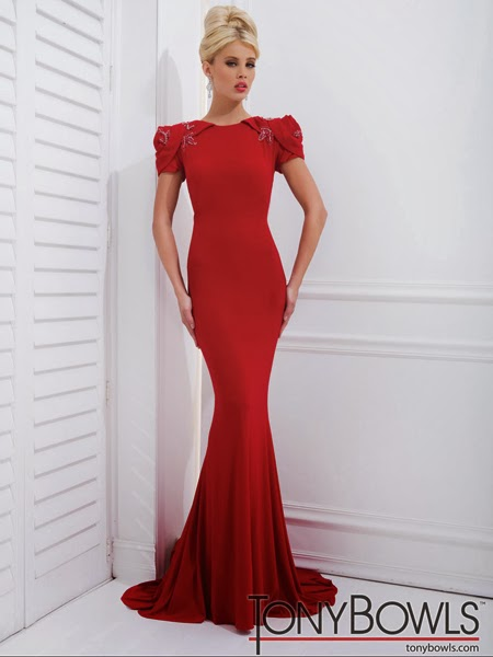 Червена рокля за бал 2014 Tony Bowls