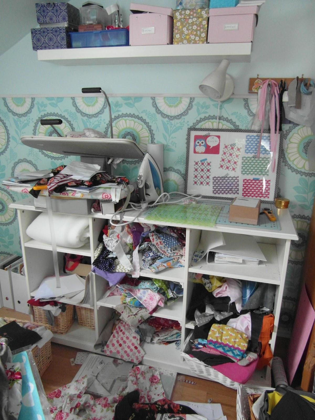 sewing addicted [*naehsucht]: Mein Nähzimmer -aufräumen oder umräumen?