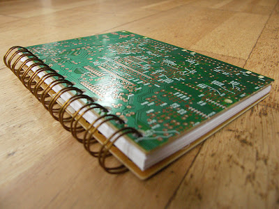 Creative and Cool Ways to Reuse Old Circuit Boards (15) 3