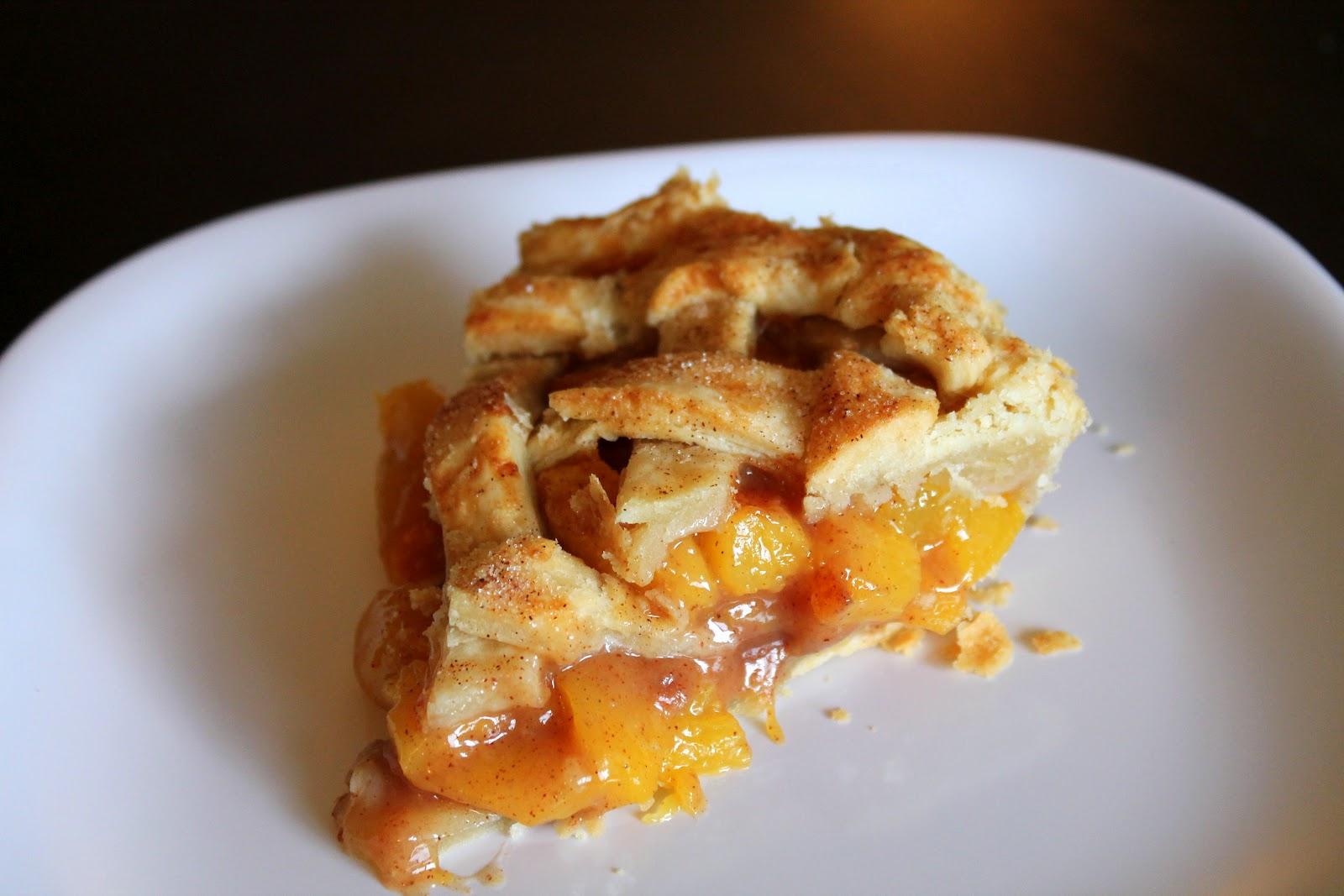 The Cupcake Avenger: Brown Sugar Cinnamon Peach Pie