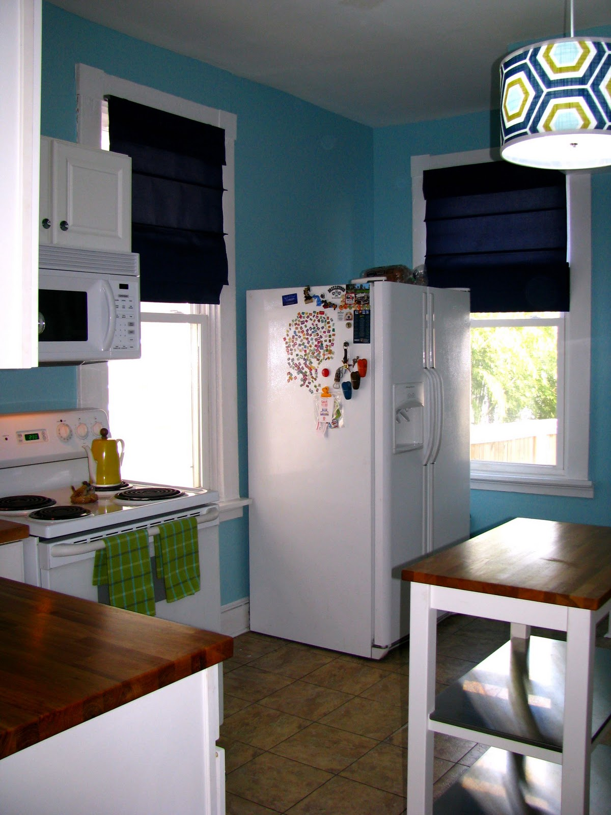 Remodelaholic kitchen remodel on the cheap for Cheapest way to remodel kitchen