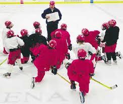 Séquence pour introduire une nouvelle tactique / habileté.  Loz Hockey.  Ressource gratuite regroupant trucs, conseils, vidéos et exercices pour joueurs et entraîneurs de hockey.