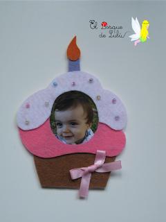 iman-cumcake-portafotos-fieltro-detalle-invitados-regalo-cumpleaños-celebraciones-eventos-souvenirs-fientas-infantiles-elbosquedelulu-hechoamanoparati