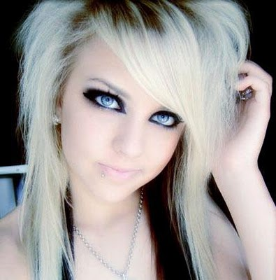 emo girls hairstyles. Emo Girl Medium Hairstyles