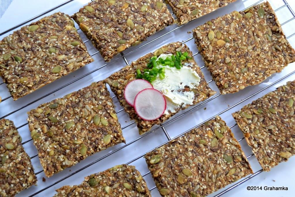 Knekkebrød - chleb chrupki z krainy Wikingów.