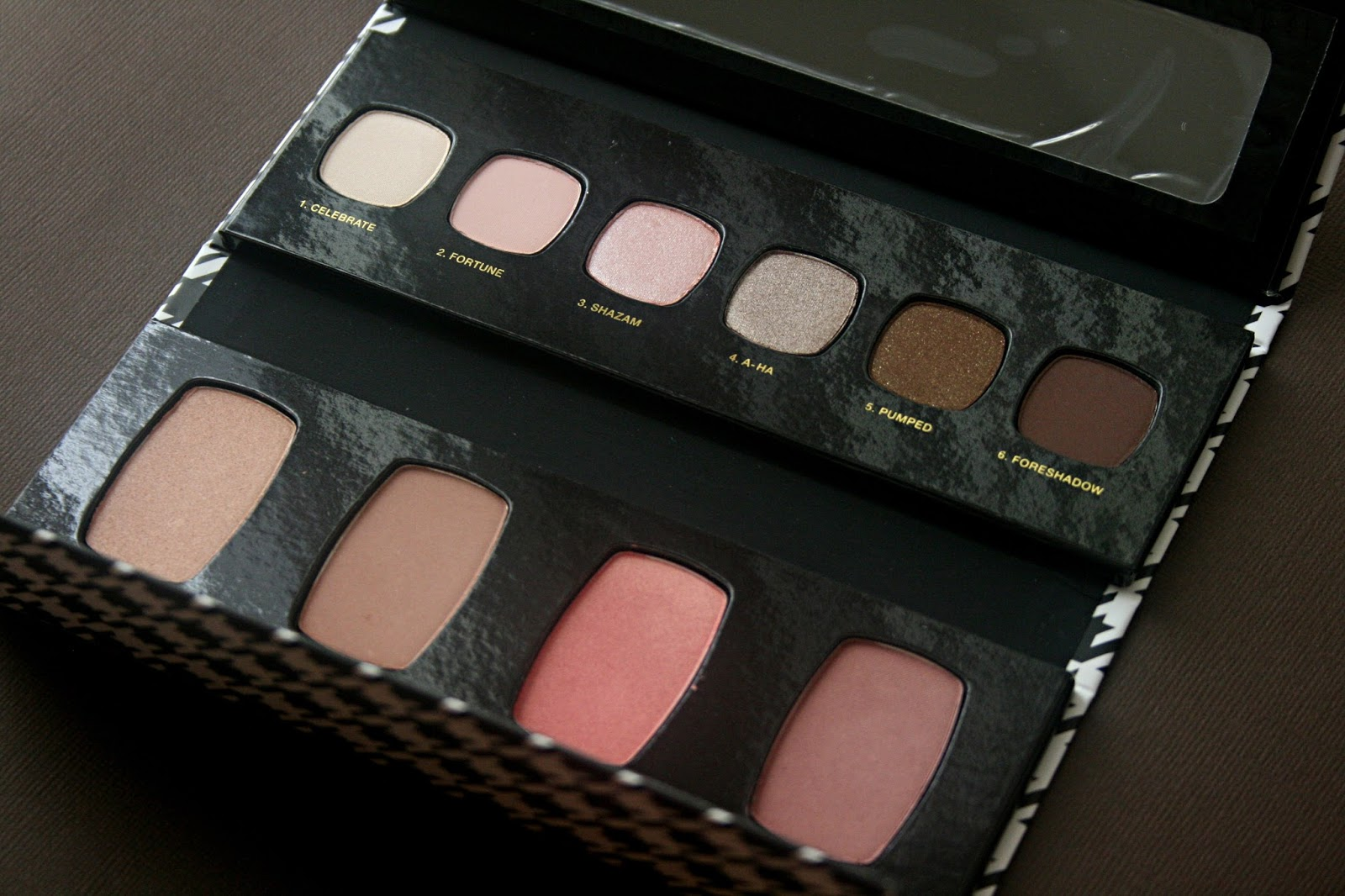 bareminerals The Magic Act Eye and Cheek Palette