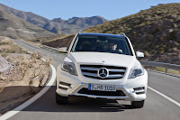 New 2012 Mercedes Benz GLK X204 ReFreshed Official High Resolution Picture