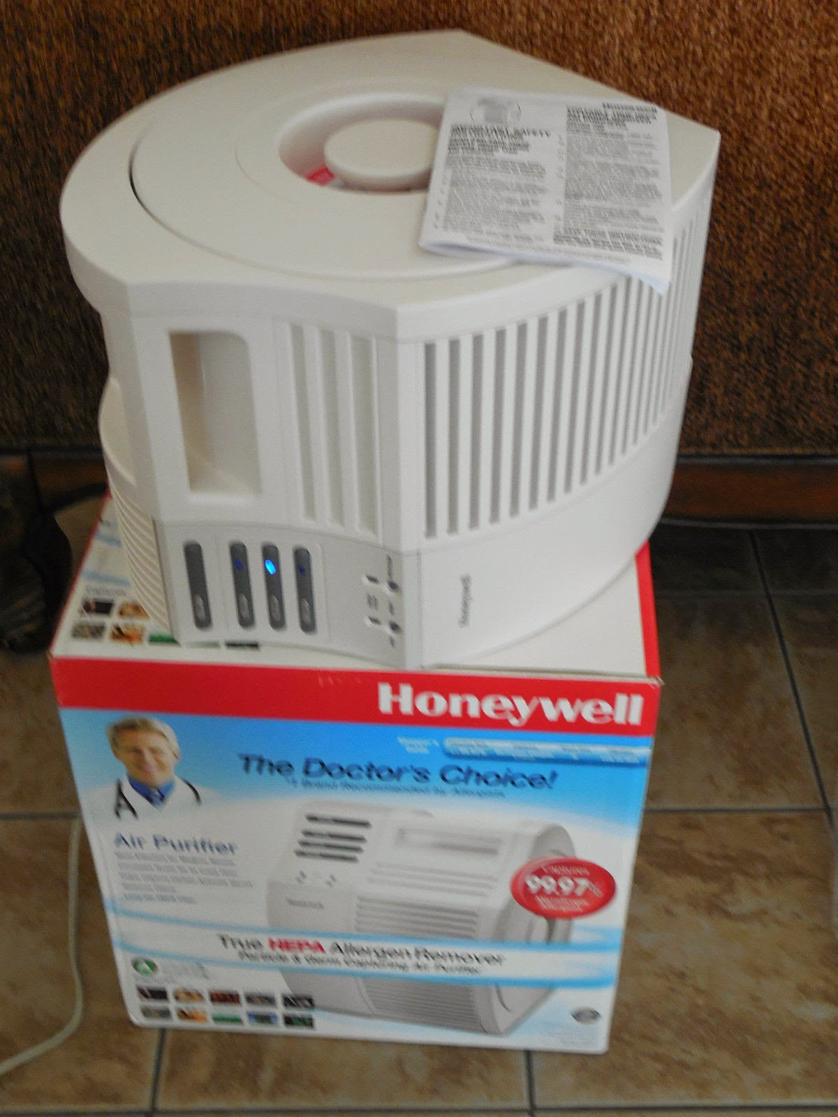 Honeywell True HEPA Air Purifier - Allergen Remover & Germ Capturing 17000-S Kaz