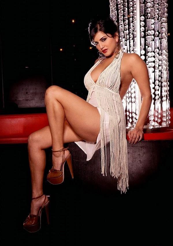 Sunny leone hot thunder thighs exposed in white mini mini skirt hd hot sexy pics sunny leone unseen rare hot hd pics