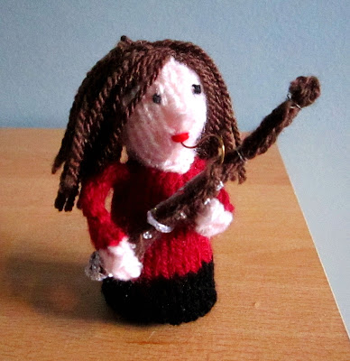 knitted instrument