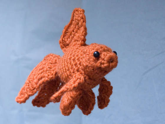 Free Amigurumi Goldfish Pattern : Finestkind Clinic and fish market: June 2011
