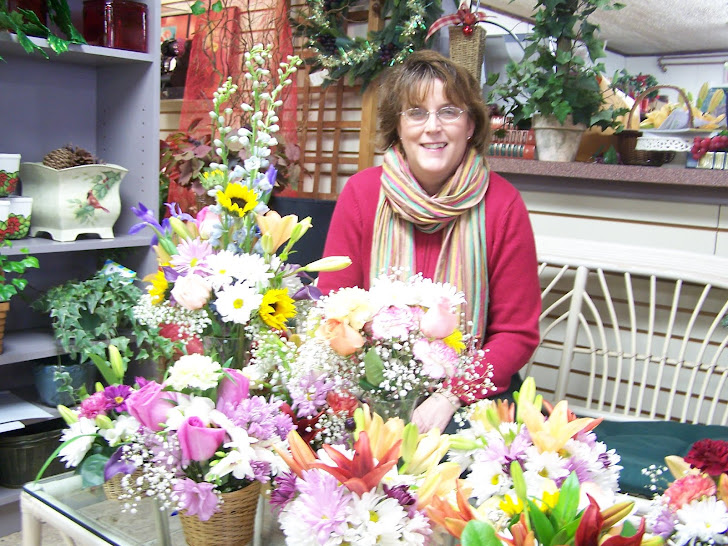 Diane at Chappell's with Vermont Recycles Flowers.