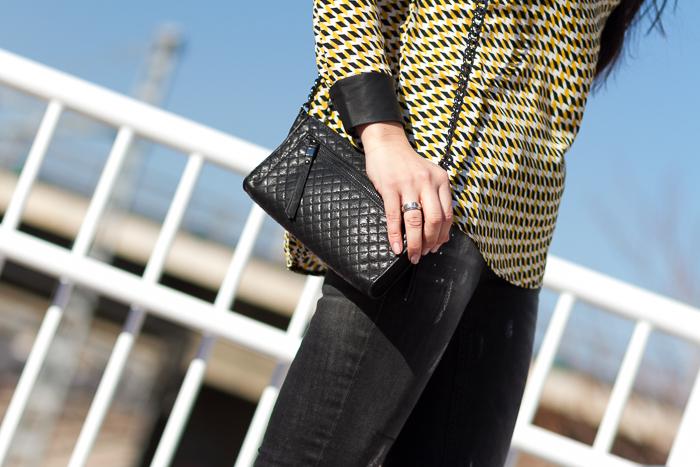 Accesorios mini bolso negro con cadena de zara