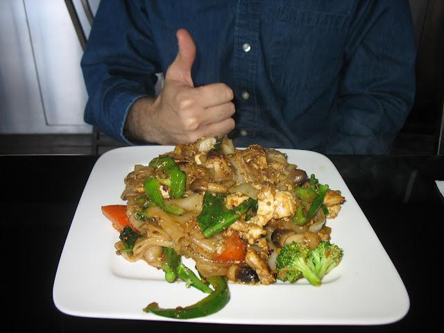 Plate of delicious Pad Ki Mao
