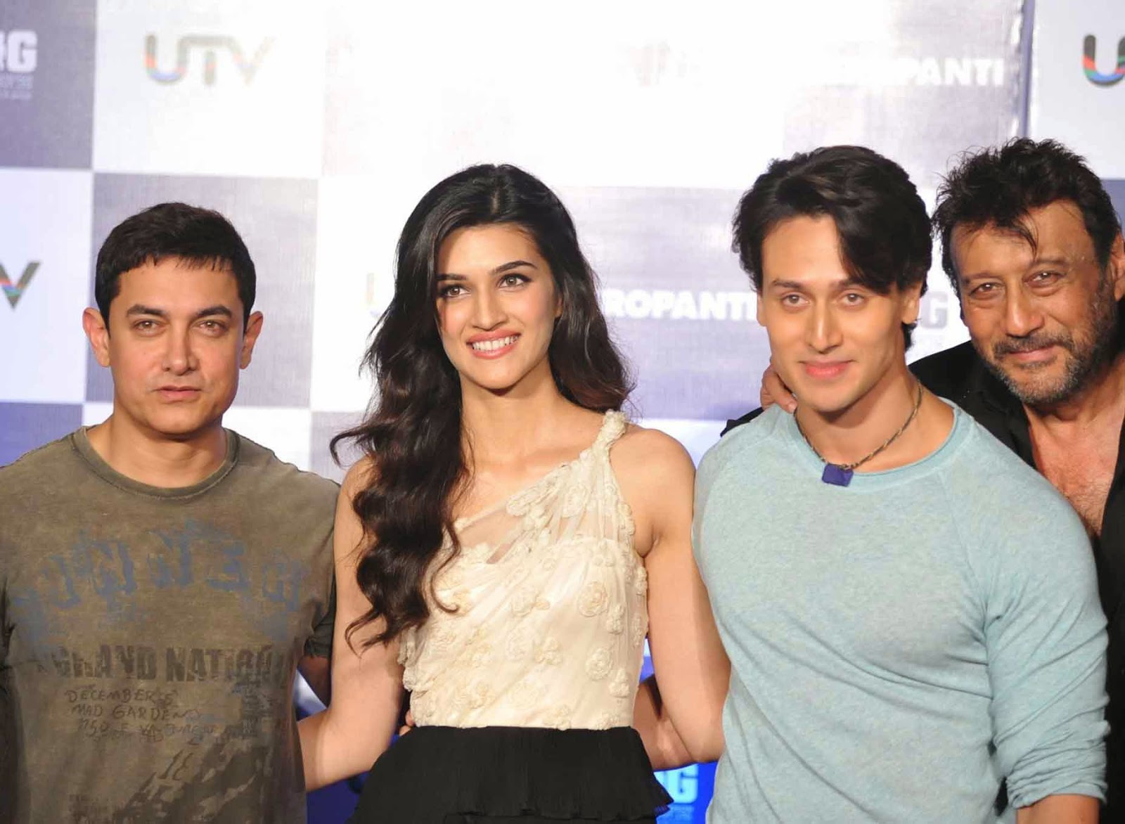 Aamir Khan, Karti Sanon, Tiger Shroff, Jacky Shroff at First Look Launch of Heropanti Movie