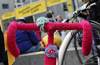 bike, bicycle, tea cozy, cosy, beanie, knit, knitting, craft, cadel, evens, cadel evans, flowers, frame, the biketorialist, biketorialist, tim macauley, timothy macauley, crochet, wool, cover, handlebar