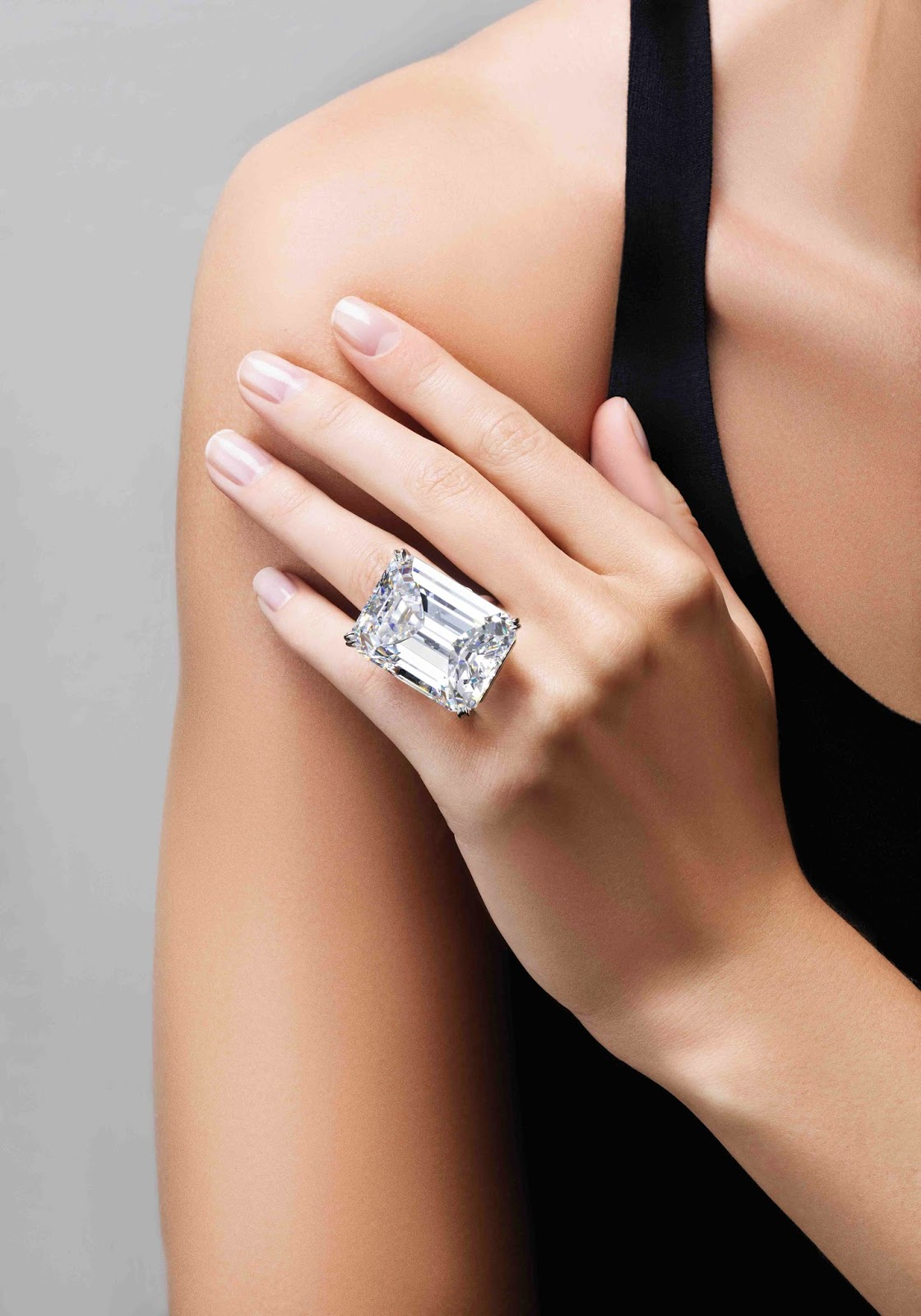 Jewelry News Network 100 Carat Diamond Sells For $22 Million At Sotheby's