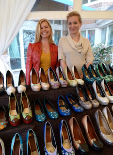 Hourglass footwear at the Woodmark Hotel - Photo by Patricia Stimac, Seattle Wedding Officiant